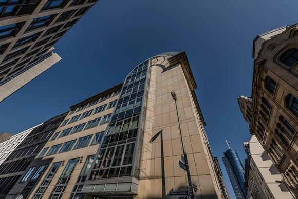 Finanzmetropole Frankfurt – was macht den Standort für Bewerber so attraktiv?