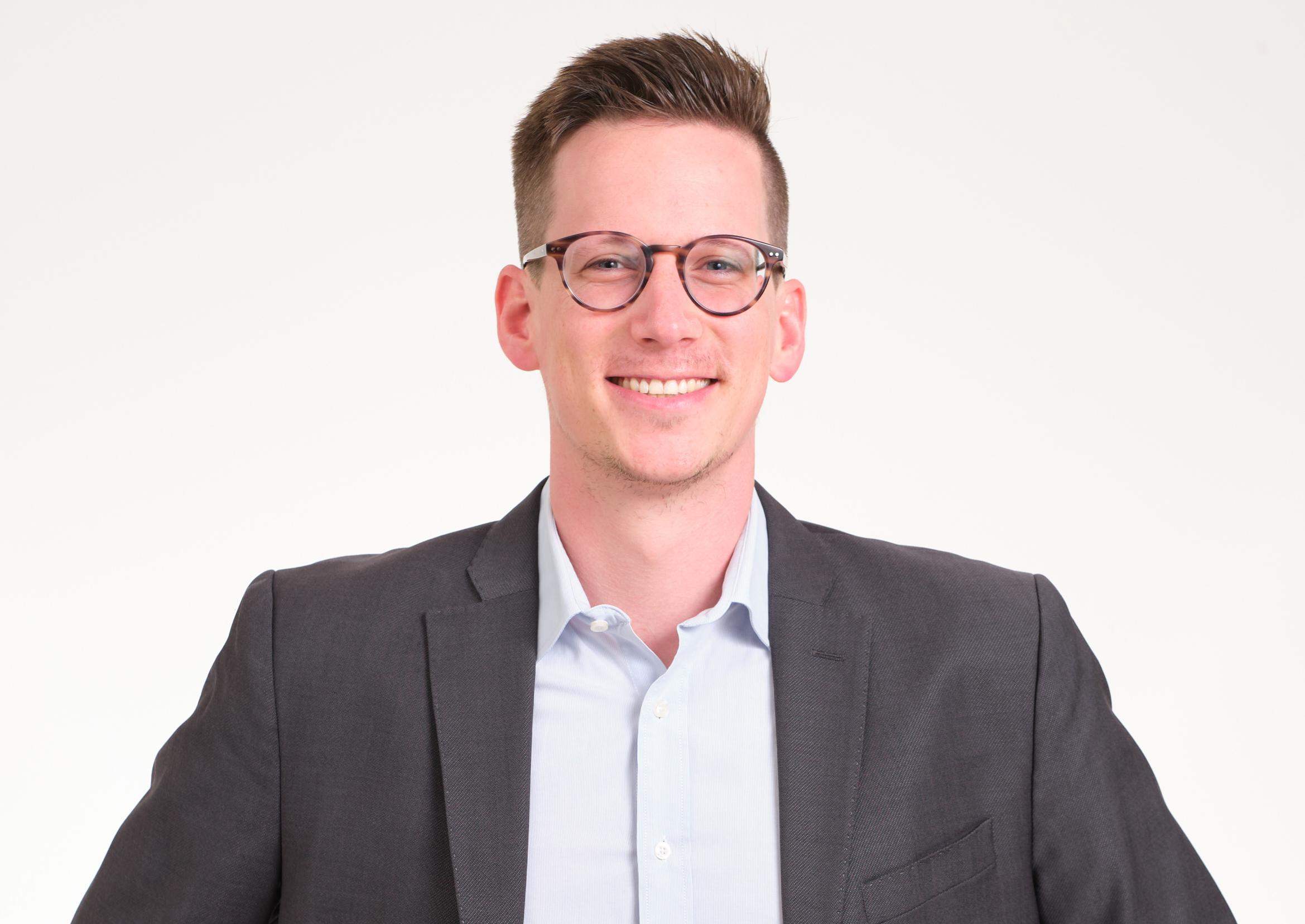 Caspar von Below, Senior Product Manager creditshelf AG, im Interview.
