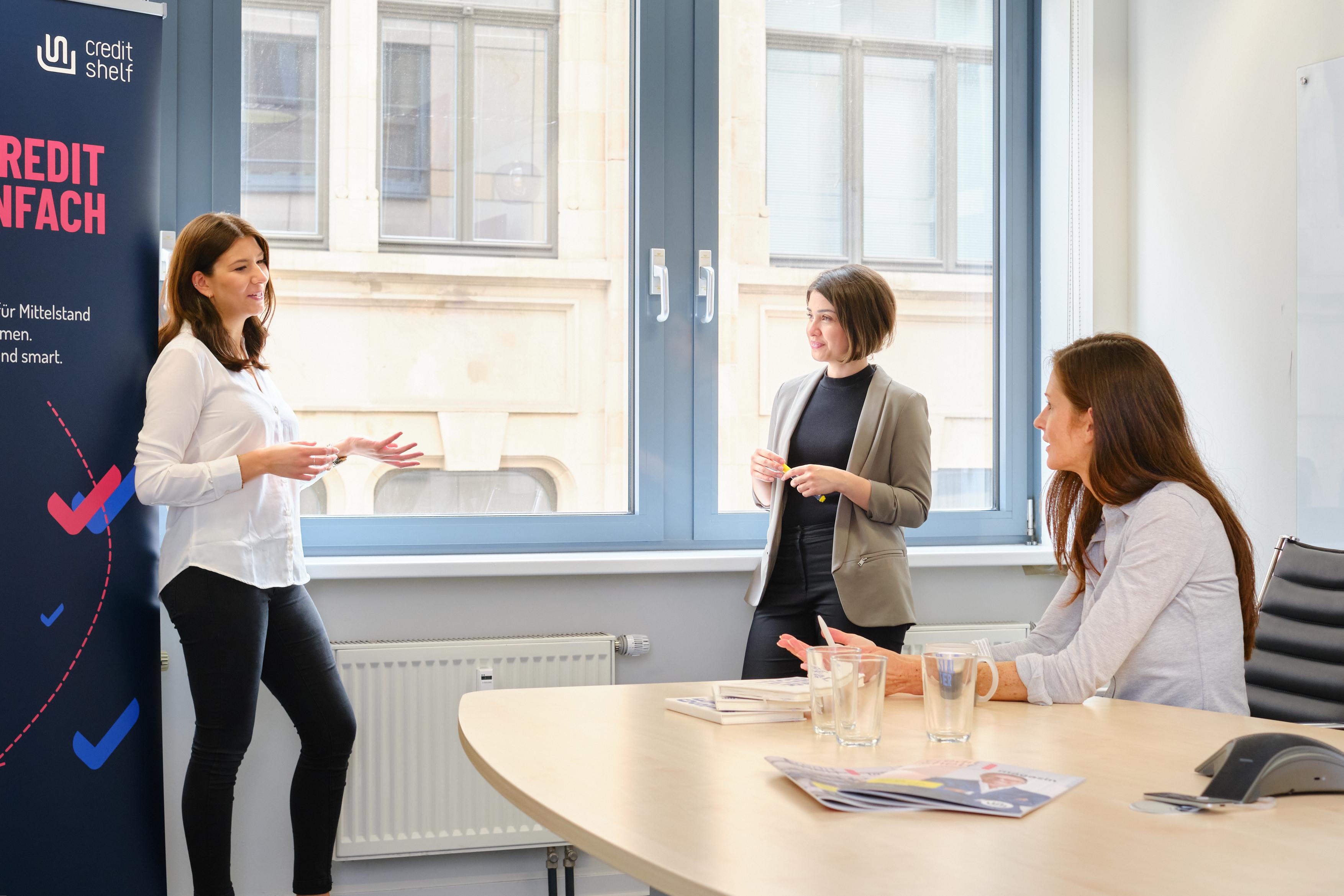Wie Sie beim Vorstellungsgespräch im Bank- und Finanzsektor punkten
